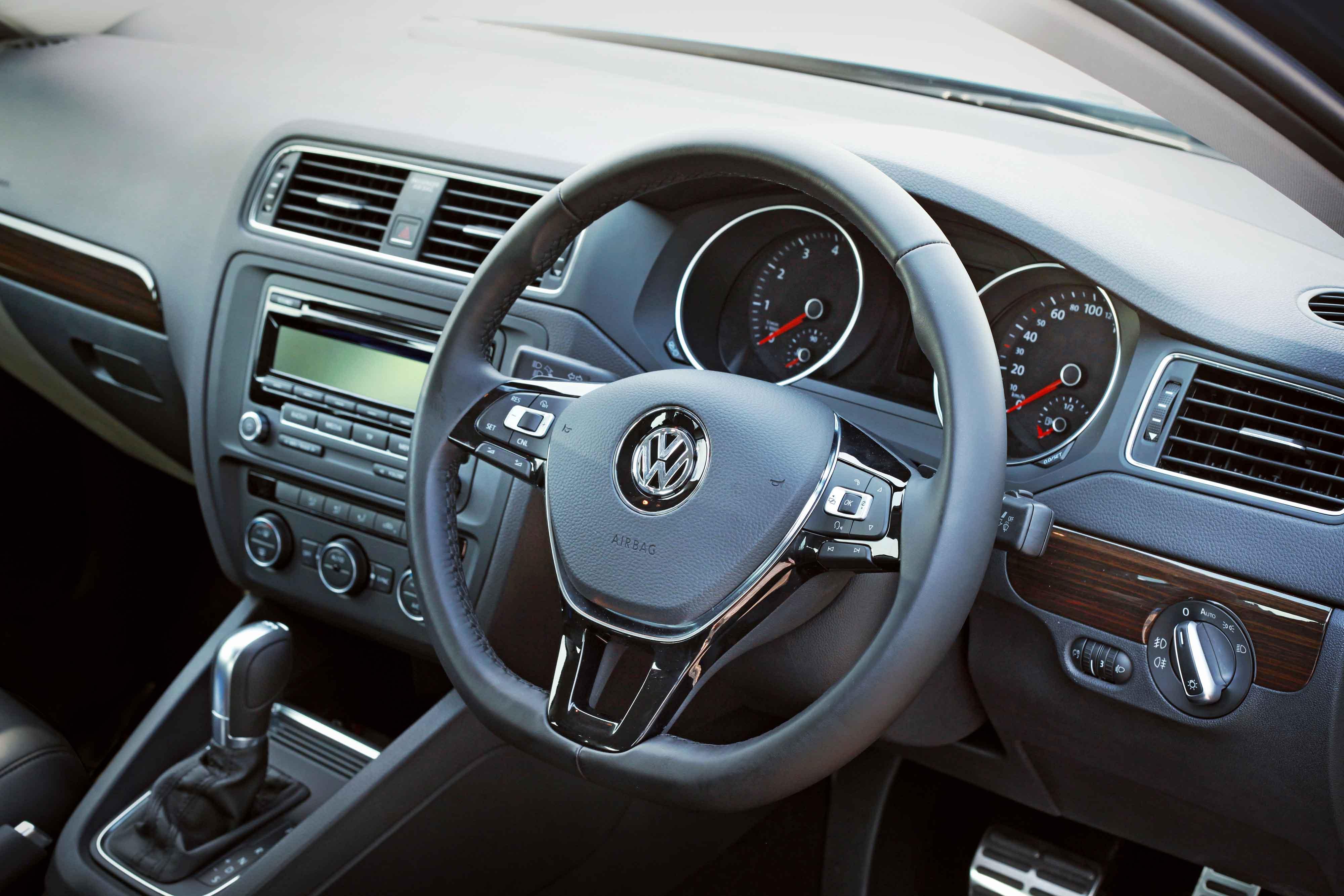 manual sedan fake photo volkswagen door thumbnails from buck jetta s cars mdp shot interior